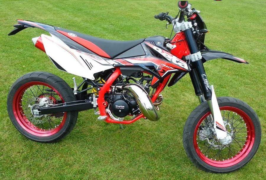 beta-50-rr-motard-track-noire
