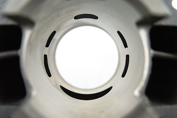 transferts-lumiere-echappement-cylindre-50-motoforce-alu-am6