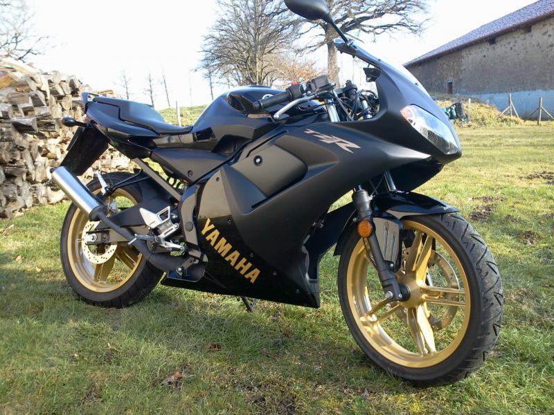 yamaha-tzr-50-noire
