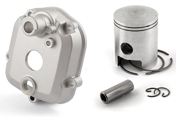Culasse bi-partie en aluminium et piston bi-segments
