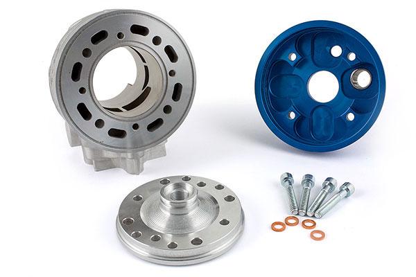Les cylindres 2Fast pour cyclo à boîte sont dotés d'une culasse anodisée bleu à plot décomposable
